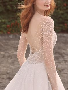 Looking for artful details? Exquisite beading and illusion give this pearl long sleeve ball gown wedding dress a Starry-Starry-Night kind of magic. Couture Wedding Gowns, Bridal Gowns, Gown Wedding, Kebaya Wedding, Vintage Style Wedding Dresses, Maggie Sottero Wedding Dresses, Wedding Dress Boutiques, Wedding Dress Pictures, Glamour