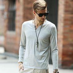 Mens Solid Casual T shirt Long Sleeve Buttons Decor V Neck Henley Shirts European and American Style Tees Tops Clothing 6 Color