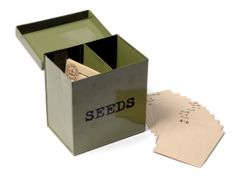 Seed Tin with 10 Seed Packs £24.50 Metal Seed Tin with labelled filing cards and ten packets of seeds of your choice #seeds #vegetables #growing #gifts