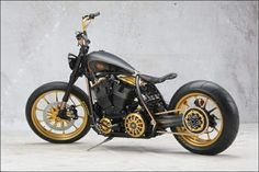 Top 10 wildest custom bikes ever built - Black Beauty - Page 11 - Motorcycle Top - Visordown Bobber Motorcycle, Cool Motorcycles, Motorcycle Style, Vintage Motorcycles, Custom Choppers, Custom Harleys, Custom Bikes, Roland Sands, Motorcycle Wallpaper