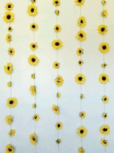 Incredible Yellow Aesthetic Room Decor Ideas - All About Decoration My New Room, My Room, Girl Room, Sunflower Room, Sunflower Wall Decor, Sunflower Decorations, College Room Decor, Room Decor Diy For Teens, Diy Tumblr