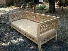 Bale ja Indian Furniture, Sofa Furniture, Wooden Furniture, Living Room Furniture, Furniture Design, Wooden Sofa Designs, Wooden Sofa Set, Thai Decor, Moroccan Room