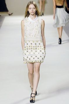 Chloé Spring 2007 Ready-to-Wear Fashion Show - Sasha Pivovarova