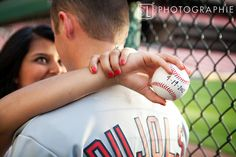 Ok, so I love anything Cardinals baseball related when it comes to our engagement photos but this is by far my favorite of all I've seen so far. SO CUTE!