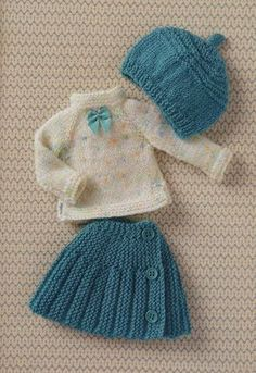 23 Ideas crochet baby sweater girl doll clothes for 2019 Barbie Knitting Patterns, Knitting Dolls Clothes, Crochet Doll Clothes, Knitted Dolls, Girl Doll Clothes, Doll Clothes Patterns, Barbie Clothes, Clothing Patterns, Girl Dolls