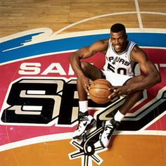Happy Birthday: David Robinson August 1965 - David Maurice Robinson is a retired American NBA basketball player, who played center for the San Antonio Spurs for his entire NBA career. A NBA. David Robinson, Basketball Academy, Sports Basketball, Basketball Players, Basketball Tickets, Basketball Association, San Antonio Spurs, Spurs Fans, Basketball Pictures