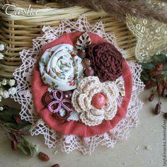 """Броши ручной работы. Ярмарка Мастеров - ручная работа. Купить """"Вишневый аромат""""  бохо брошь букет, цветы из ткани. Handmade."""