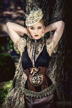 Steampunk and Dieselpunk fashion and things Steampunk Couture, Viktorianischer Steampunk, Steampunk Dress, Steampunk Cosplay, Steampunk Clothing, Steampunk Fashion, Victorian Fashion, Steampunk Design, Renaissance Clothing