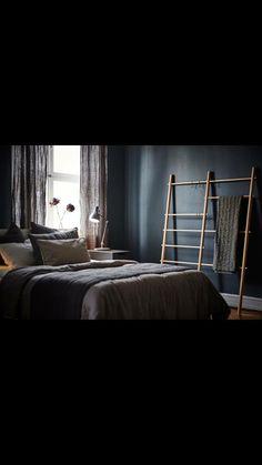 Camera pareti scure Ikea