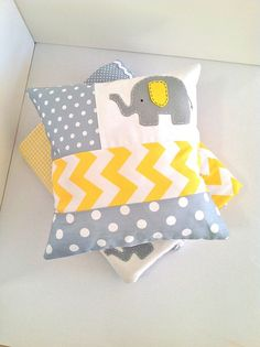 Elephant Baby Quilt and cushion cover in Yellow and Grey - by AlphabetMonkey on madeit