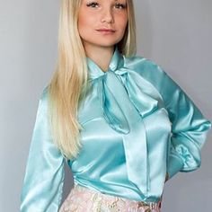Sexy Blouse, Bow Blouse, Blouse And Skirt, Satin Top, Silk Satin, Satin Underwear, Satin Bluse, Beautiful Wedding Gowns, Green Satin