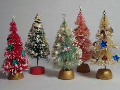 Lot 5 Vtg 50s Dollhouse Bottle Brush Flocked & Decorated Christmas Trees, Japan | eBay