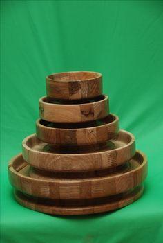 Houten schalen in verschillende diameters uitgevoerd in Afrikaans eiken