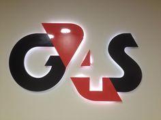 Világító betű G4S védelemmel ellátva led világítás beépítés
