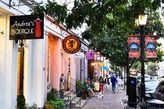 Old town Alexandria by Jay Yang, via Old Town Alexandria, Alleyway, Early American, Jay, Virginia, Times Square, Buildings, Washington, Adventure