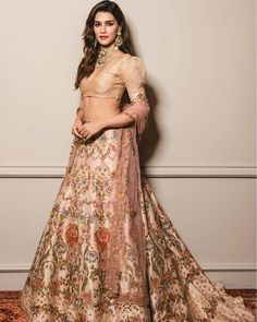 Image may contain: one or more people and people standing Bollywood Dress, Bollywood Girls, Bollywood Fashion, Bollywood Style, Indian Dresses, Indian Outfits, Indian Fashion Trends, Lehenga Style, Lehnga Dress