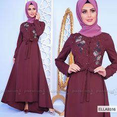 32c94e119e25d Elbise boncuk işlemeli ve gül nakışlı olup, yarım boy düğmeli modeldir.  Yuvarlak yakalı olan