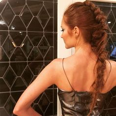 Fishtail braids and bedhead waves dominated our mane moments roundup! From Blake Lively's effortlessly messy 'do, to Ashley Benson's brief (and beautiful). Darby Stanchfield, Blake Lively, Fishtail, Her Hair, Hair Inspiration, Leather Skirt, Most Beautiful, Braids, In This Moment
