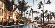 Bij deze resorts eet je glutenvrij Resorts, Holiday Ideas, Street View, Lanzarote, Vacation Resorts, Beach Resorts, Vacation Places, Travel Ideas