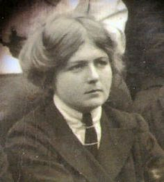 Dion Fortune born Violet Mary Firth (6 December 1890 – 8 January 1946), was a prominent British occultist, author, psychologist, teacher, artist, and mystic.  http://www.macrolibrarsi.it/libri/__come-difendersi-dagli-influssi-negativi.php?pn=166
