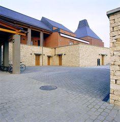 Porcelain Museum Brick Facade, Hungary, Porcelain, Museum, Mansions, Architecture, House Styles, Home Decor, Arquitetura