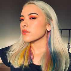 Arctic Fox hair color is vibrant, long-lasting, semi-permanent hair dye that is made in the USA. Bright Hair, Colorful Hair, Hair Inspo, Hair Inspiration, Arctic Fox Hair Color, Grunge Hair, Mane Attraction, Color Melting, Dye My Hair