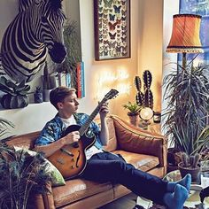 Behind the scenes at Vera magazine's George Ezra photo shoot George Ezra, I Just Love You, Bedroom Wall Collage, Beautiful Soul, Beautiful People, World Cultures, To My Future Husband, Behind The Scenes, Musicians