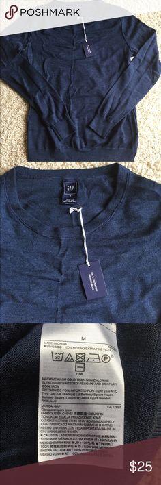 New Ladies Gap Sweater Medium $50 NWT Navy blue. Super soft. 100% merino extra fine wool. Crew neck pull over. GAP Sweaters Crew & Scoop Necks