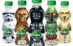Volvic propose en édition limité des bouteilles d'eau à l'effigie des célèbres personnages de Star Wars : Dark Vador, Chewbacca, Stormtrooper, C-3PO et Boba Fett