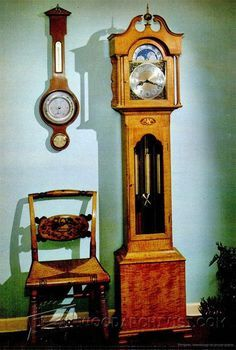 Handsome Hall Clock Plan - Woodworking Plans and Projects | WoodArchivist.com