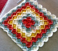 Bavarian Crochet Tutorial [pdf] I've done this. Make sure you use a high quality yarn. I used cheap walmart yarn and it has come apart. Crochet Quilt, Crochet Cushions, Crochet Motif, Crochet Yarn, Crochet Stitches, Crochet Hooks, Crochet Patterns, Crochet Slippers, Crochet Crafts