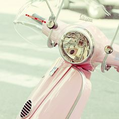 Always wanted a pink Vespa! Zooming around the streets of Europe - so fabulous!