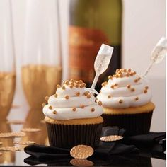 Serve up a round of booze-infused cupcakes using boozy baking-themed cupcake liners and Shot Tops. Garnish booze-infused recipes with bottle-shaped Shot Tops. Insert into liquor, wine or non-alcoholic drink of choice, squeeze and release to fill. Drunken Cupcakes, Alcoholic Cupcakes, New Year's Cupcakes, Cocktail Cupcakes, Wine Cupcakes, Champagne Cupcakes, Alcoholic Desserts, Filled Cupcakes, Themed Cupcakes