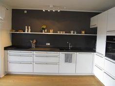 Fertig! Noch mehr grau... :) , Tags Grau + Küche