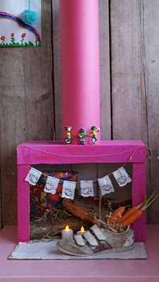Fake chimney for Santa. Diy For Kids, Crafts For Kids, Diy Crafts, Christmas In Holland, Christmas Diy, Xmas, Homemade Christmas, Diy Furniture Building, Fun Craft