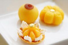 Thai native ancient dessert ; Khanom Cha Mong Kood -ขนมจ่ามงกุฎ, Khanom Thong Ek -ขนมทองเอก, Khanom Sanae Chun - ขนมเสน่ห์จันทร์ (Wheat flour dumplings with egg yolks)