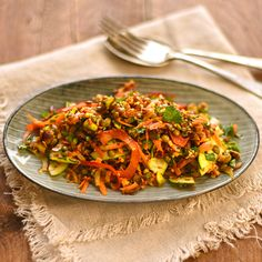 spicy lentil and red rice salad. A wholesome and nutritious spicy salad, full of healthy plant protein and great natural flavours. Gluten Free Vegetarian Recipes, Healthy Recipes, Delicious Recipes, Vegan Vegetarian, Best Vegan Salads, Longest Recipe, Lentil Salad, Rice Salad, Recipes