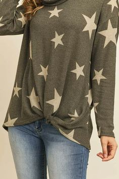 Sophisticated, flattering, and super cozy, get this cowl-neck tops are made of super-soft, lightweight fabric that drapes beautifully for a relaxed, pulled-together look. Stylish Work Outfits, Cowl Neck Top, Dark Wash Jeans, Star Print, Everyday Look, Tunic, Neckline, Blazer, Pullover