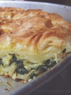 Armenian spinach and feta pie with fill pastry Spinach Pie, Spinach And Cheese, Spinach Recipes, Vegetarian Recipes, Cooking Recipes, Keto Recipes, Armenian Recipes, Turkish Recipes, Greek Recipes