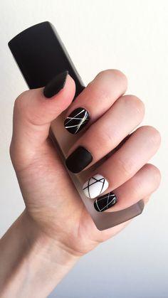 #blackandwhite #nails