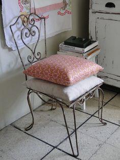 Silla de hierro vintage  www.tiendadecosabores.blogspot.com
