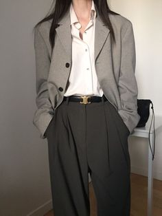 Vintage Outfits, Retro Outfits, Cute Casual Outfits, Aesthetic Fashion, Aesthetic Clothes, Aesthetic Grunge, Suit Fashion, Fashion Outfits, Mode Punk