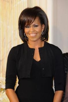 Michelle Obama Ordered a Copy of Mademoiselle C to Watch at the White House Michelle Und Barack Obama, Michelle Obama Fashion, Barack Obama Family, Iconic Women, Famous Women, Famous People, Joe Biden, Durham, Beautiful Black Women