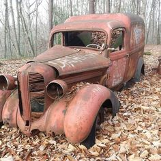 Rat Rods in the Wild Vintage Trucks, Old Trucks, Dodge Trucks, Antique Cars For Sale, Scrap Car, Abandoned Cars, Abandoned Places, Rusty Cars, Ford Classic Cars