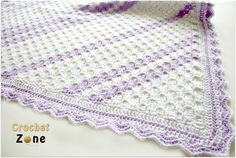 Corner to Corner Baby Blanket crochet pattern by CrochetZone.com #crochet #freepatterns #babyblanket