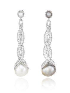 Photos: 10 Unconventional Pearl Accessories | Vanity Fair
