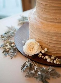 Brown and Beige Wedding Cake, Rustic Wedding Cake - the texture of my cake! Love the color! Taupe Wedding, Red Wedding, Fall Wedding, Wedding Stuff, Wedding Cake Photos, Wedding Cakes, Rustic Wedding Centerpieces, Wedding Decorations, Rustic Cake