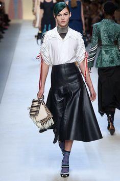 Fendi Lente/Zomer 2018, gepresenteerd tijdens Milaan Fashion Week.