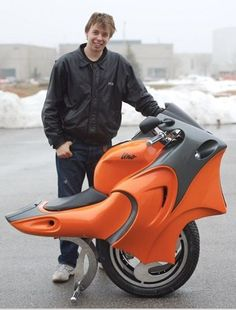 Gyroscopically balanced bike ... Concept design motorcycles and scooters - innovation www.actionbikeski.com.au