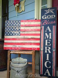 American Flag Pallet, American Flag Decor, Fourth Of July Decor, 4th Of July Decorations, July 4th, Outdoor Decorations, Bar Outdoor, Pallet Flag, Tutorials